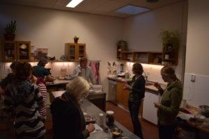 Teamuitje BuurtZorg workshop bij Conjes Patisserie